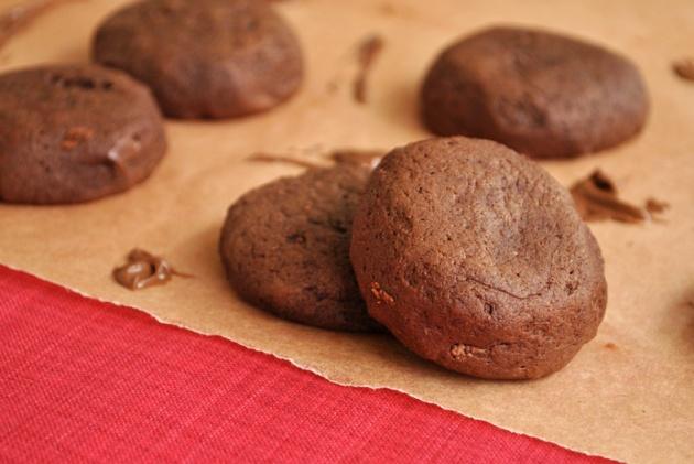 Nutella Stuffed Chocolate Cookies | Bronie Box13
