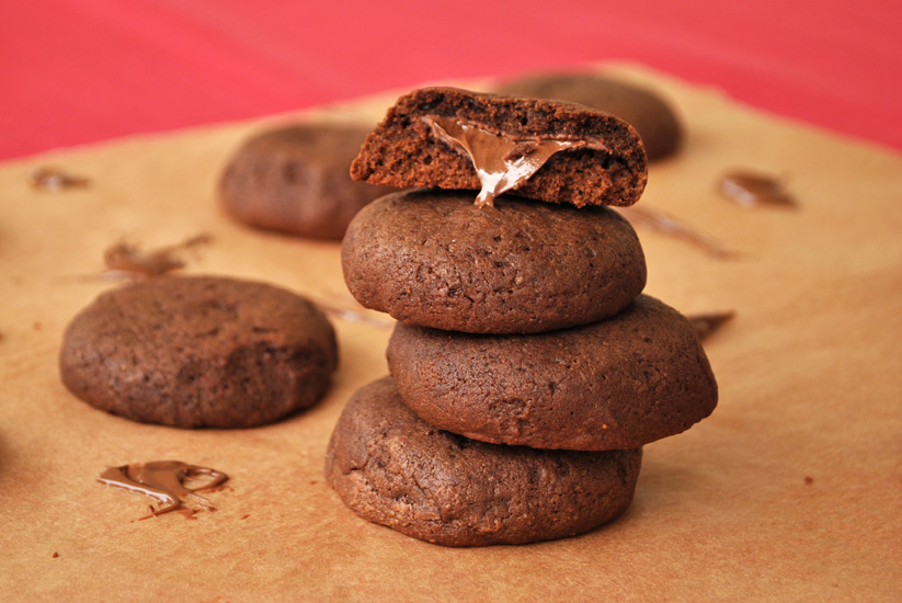 Chocolate Cookies Stuffed with Nutella | Brownie Box