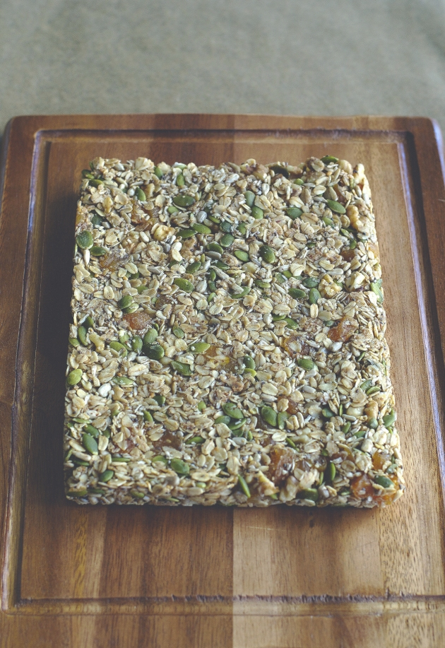 No-Bake Granola Bars | Brownie Box